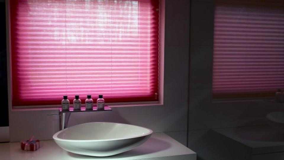 Plissegordijnen roze Hennie's Zonwering
