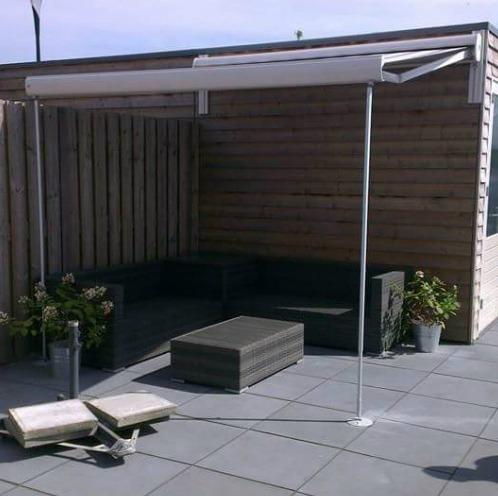 Terrasscherm met steunpoten Hennie's Zonwering